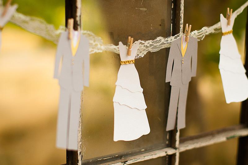 Как сделать бумажную гирлянду на свадьбу 34