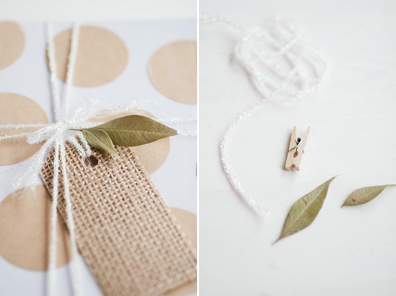 gift wrap: burlap touch // #anastasiamariecards